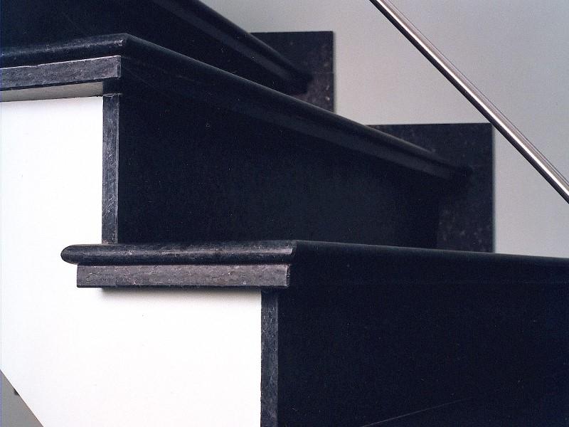 Producten   Trapbekleding   Natuursteen Van Landeghem bvba